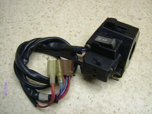 ビラーゴ400-1   スイッチボックス右/ハンドルスイッチ右 2NT
