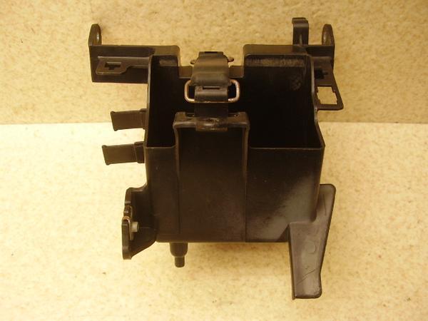 CBR250RR   バッテリーボックスケースBOX MC22-1012