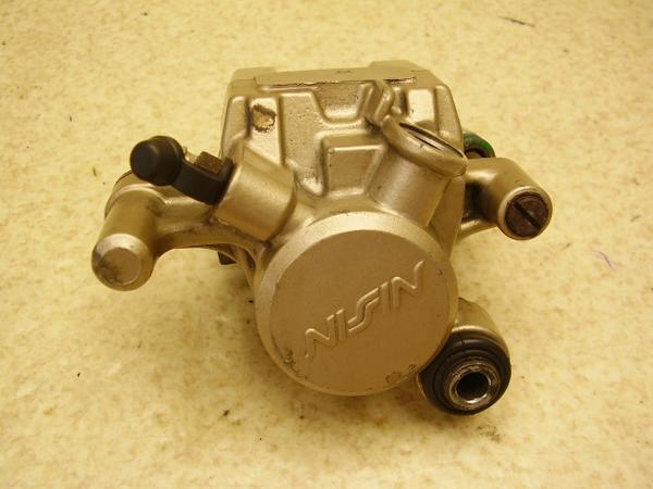 ブロス400   リアブレーキキャリパー NC25-1051