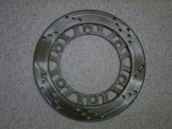GPX400   リアディスクローター/リアブレーキディスク/直径240mm 内径130mm 取り付けボルト10mm 取り付けボルトピッチ75mm ZX400F-0031