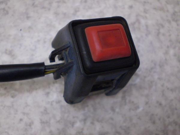 RMX250   キルスイッチ/ハンドルスイッチ右/エンジンオンオフスイッチ PJ11A-1001