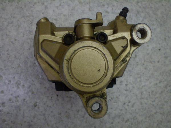 TZR250   リアブレーキキャリパー 1KT-0564