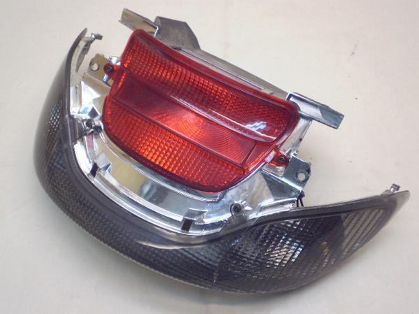 マジェスティ125Fi   テールランプ/リアウインカー左右 LPRSE2710-5A1072