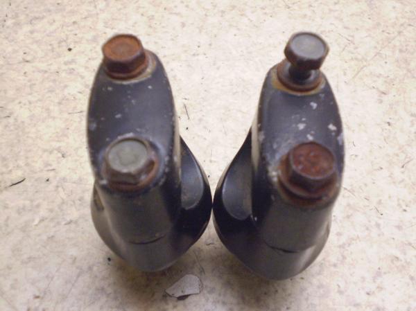 YB-1FOUR50   ハンドルポスト UA05J-0047
