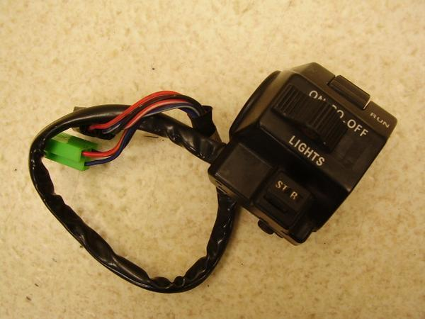 XS250   スイッチボックス右/ハンドルスイッチ右 17E-1029
