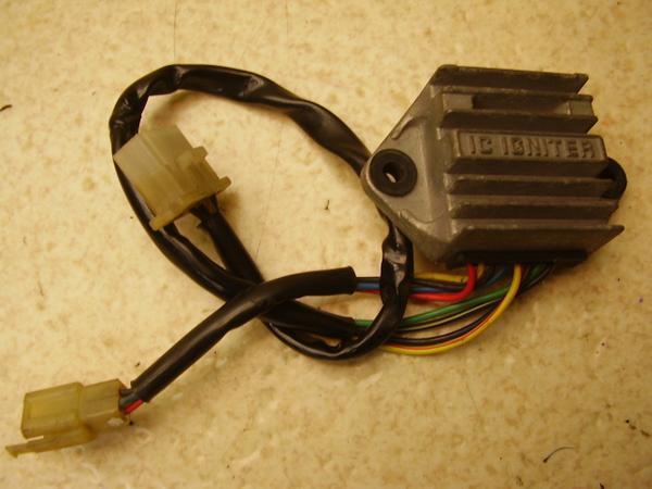 Z1100GP   CDI/イグナイター JKAKZBB12CA0106