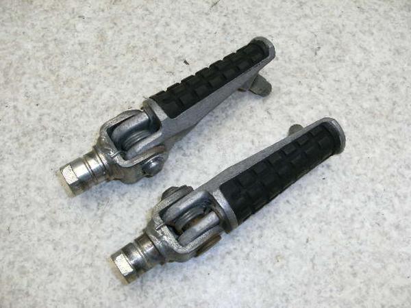 ZRX400   フロントステップ左右/メインステップ左右 ZR400E-0076