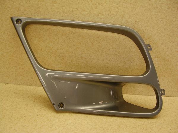 ST1100   サイドカウル左 SC26-2005
