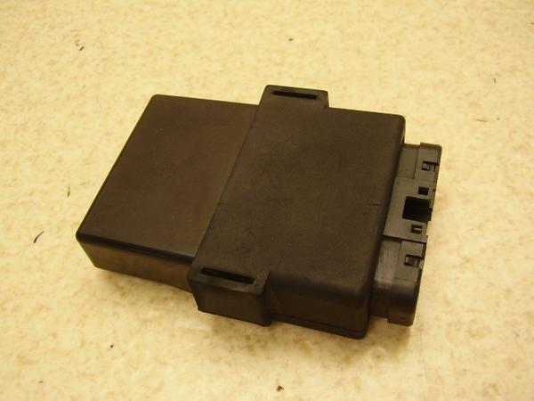 ST1100   CDI/イグナイター SC26-2005