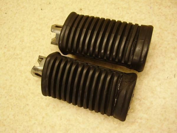 GN125E   フロントステップ左右/メインステップ左右 NF41A-2518