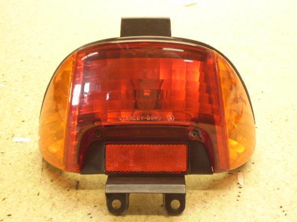 ディオ50   テールランプ/リアウインカー左右 AF34-1558