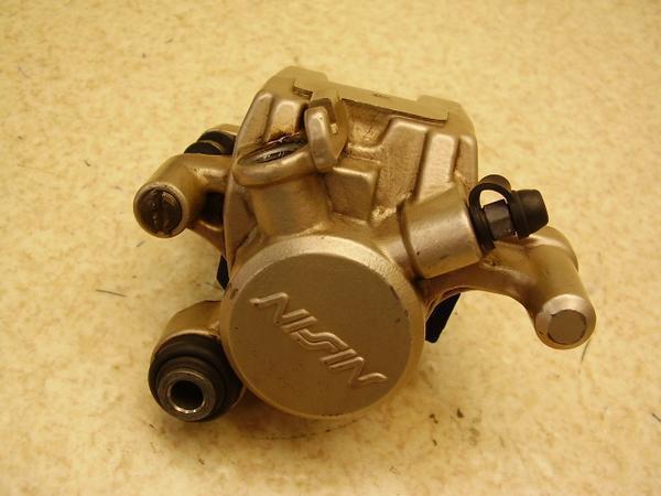 ジェイド250   リアブレーキキャリパー MC23-1000