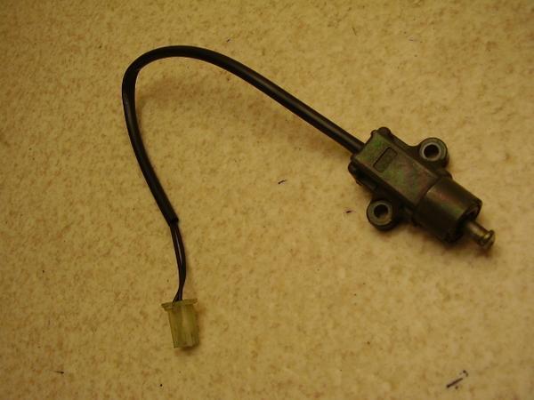 ギア50   サイドスタンドセンサー UA03J-0105
