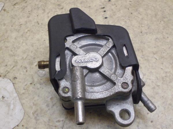 キムコスーナー50SS   負圧コック/ガソリンコック/ガソリンポンプ RFBSB10BC5R4