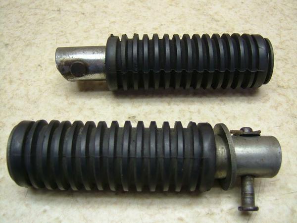 CM125T   タンデムステップ左右 CM125T-1019