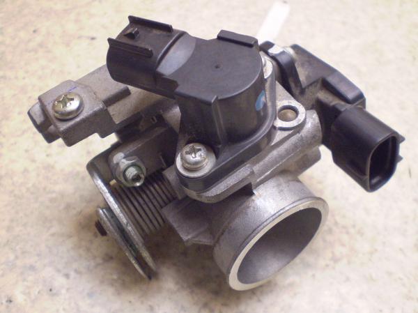 アドレスV50G   インジェクター/インジェクション/スロットルボディ CA44A-1102